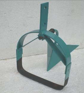 Ручной самодельный культиватор-плоскорез